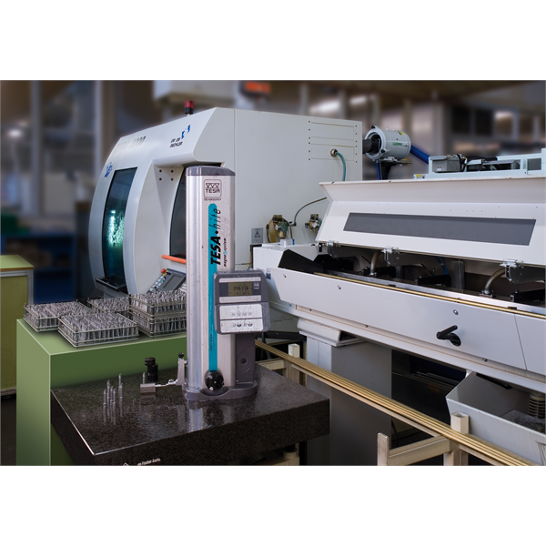 Pomiar części mechanicznych na linii produkcyjnej z automatyczną regulacją parametrów centrum obróbczego